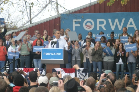 President Obama talks to those in attendance at the Mississippi Valley Fairgrounds.
